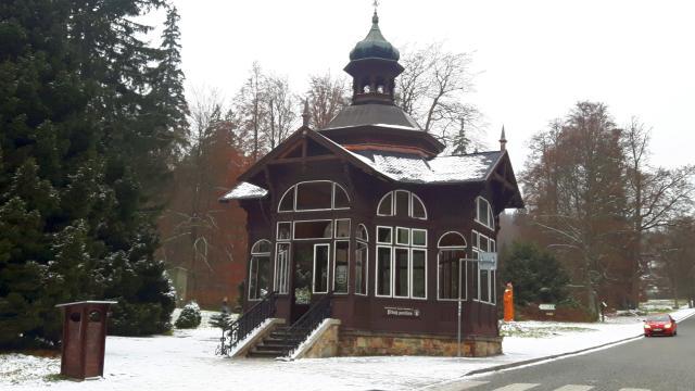 Pitný pavilon - Wilhelmsquelle - Karlova Studánka