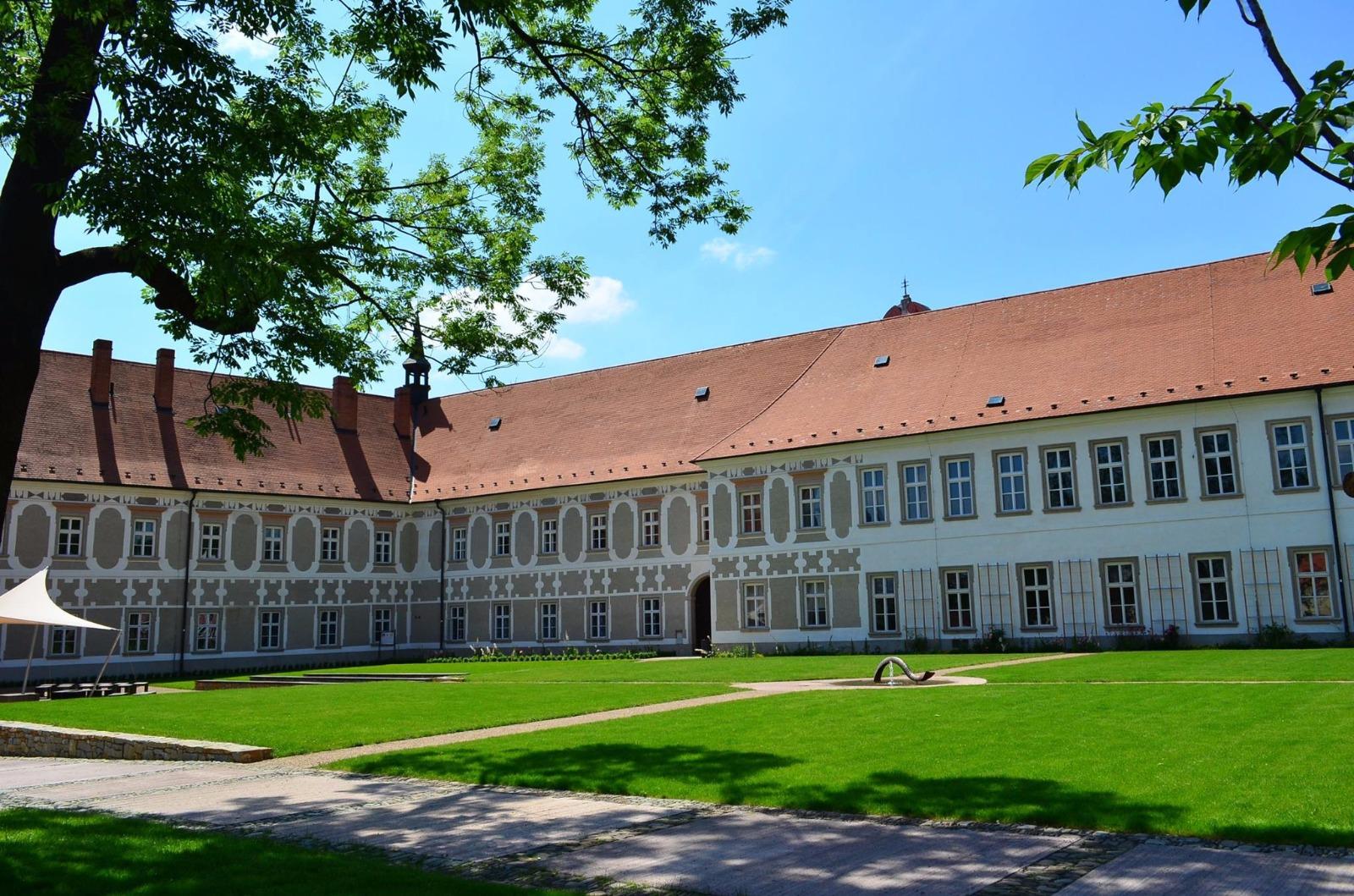 Piaristický klášter Příbor