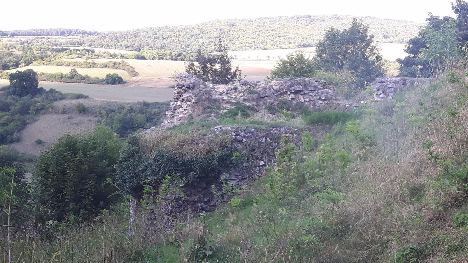 Zřícenina hradu Tetín